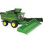 John Deere® 1:64 Scale S680 Combine with Grain Head and Corn Head