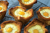 Baked Eggs In Maple Toast Cups