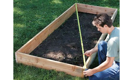 how a garden make to build raised from pallets bed