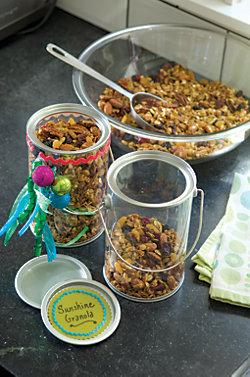 granola in small plastic containers