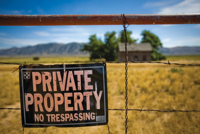 sign reading - Private Property, No Trespassing