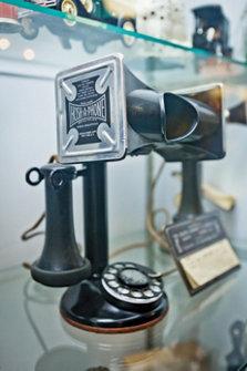 1905 Kellog Bakelite phone