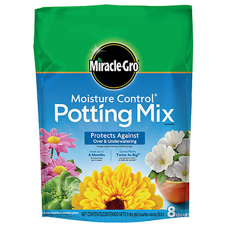 Miracle-Gro Moisture Control Potting Mix 8 qt., 75578300