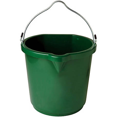 Farm Innovators 24 qt. Heated Flat-Back Plastic Bucket, FB-120, FB-120