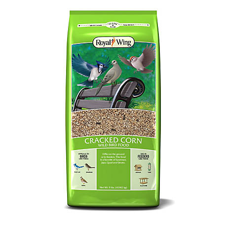 Royal Wing Cracked Corn, 9 lb.