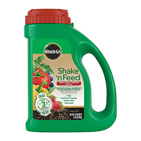 Miracle-Gro Shake 'N Feed Tomato, Fruit & Vegetable Plant Food 4.5 lb., 3002610