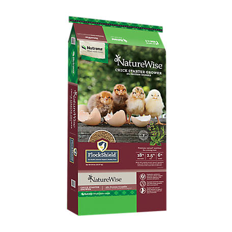 Nutrena NatureWise Chick Starter/Grower, 18% Crumbles, 50 lb., 91577