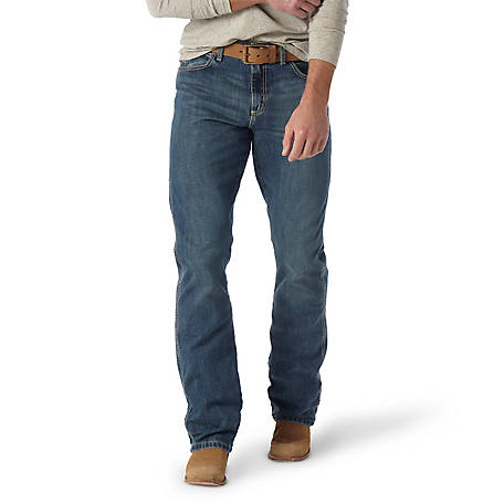 Wrangler Men's Retro Relaxed Boot Cut Jean