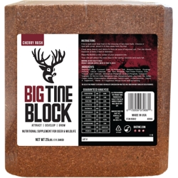 Shop Deer Salt Blocks at Tractor Supply Co.