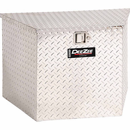 Dee Zee Triangle Toolbox, 3.71 cu. ft.