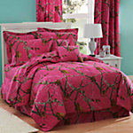 Realtree AP Fuchsia Queen Comforter Set