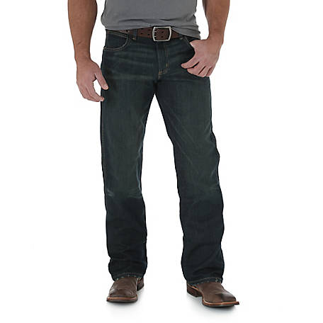 Wrangler Men's Retro Relaxed Fit Boot Cut Jean