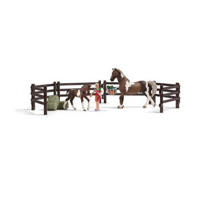 Schleich Horse Feeding Playset