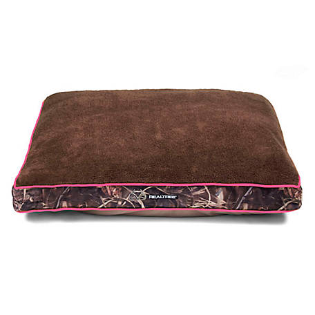 Realtree 40 in. x 30 in. Gusseted Camo Chopped Foam Dog Bed