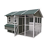 Innovation Pet Extreme Chicken Barn Chicken Coop