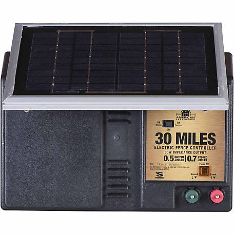American Farmworks 30 Mile Solar Powered Low Impedance