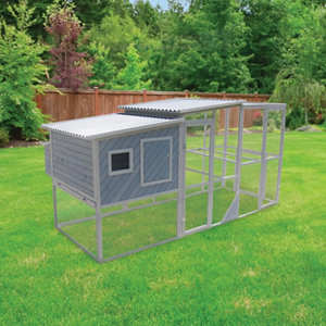 Innovation Pet Urban Chicken Coop With PVC Roof 12 15 Bird Capacity