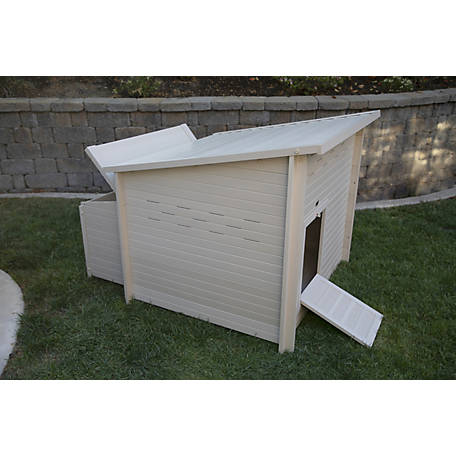 ecoFLEX New Age Pet Jumbo Fontana Chicken Barn, Maple Chicken Coop, ECHK503-B