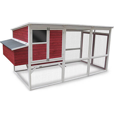 Innovation Pet Classic Red Barn, 15-18 Chicken Coop