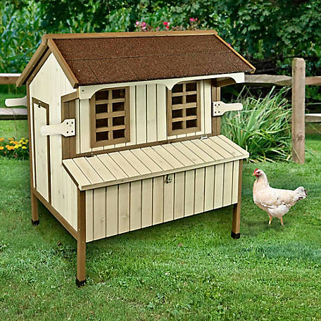 Ware Manufacturing Free Range Hutch/Nest Chicken Coop