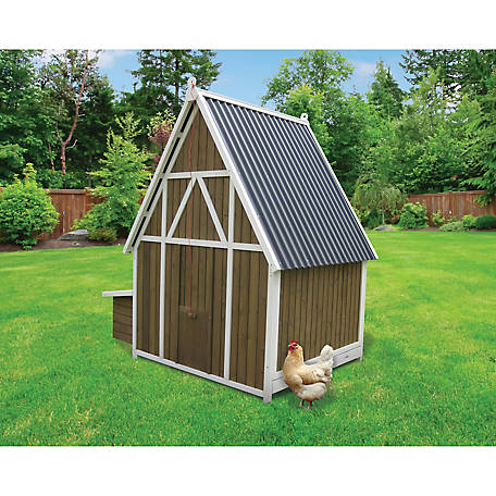 Innovation Pet A-Frame Coop for 4-6 Chickens