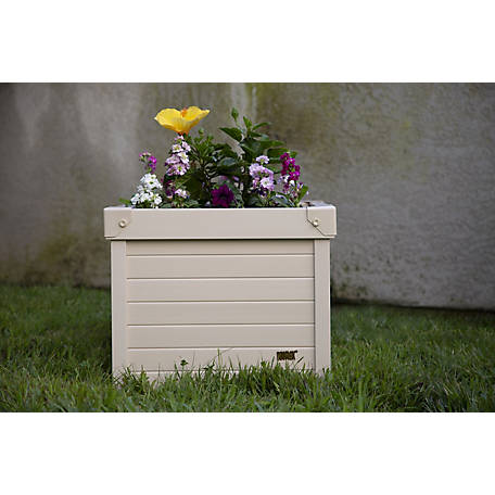 New Age Pet, Danville Planter made with ECOFLEX- 18 in. Square, EPLT203-S18