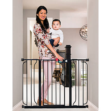 Regalo Easy Step Extra Wide Walk-Through Gate