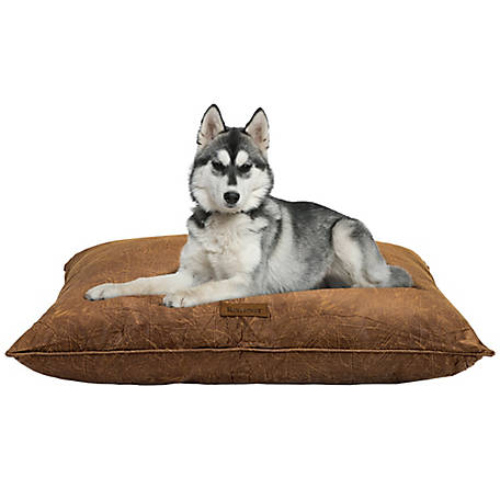 Retriever 28 x 38 Faux Pillow Bed W/ Piping