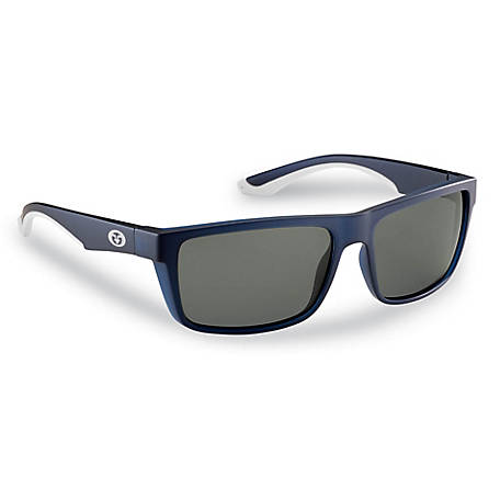 19ac48ad07c Flying Fisherman Streamer Sunglasses Crystal Navy Smoke at Tractor ...