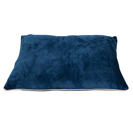 Aspen Pet 27 in. x 36 in. Luxe Pillow Bed