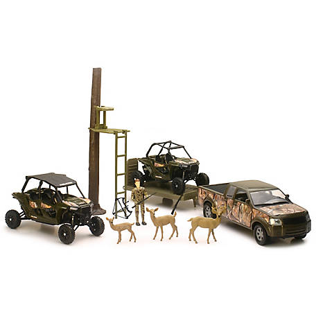 New-Ray Polaris Hunting Set, SS-57845A