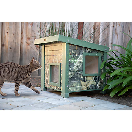 Mossy Oak New Age Pet Feral Cat Shelter made with ECOFLEX, ECTH351