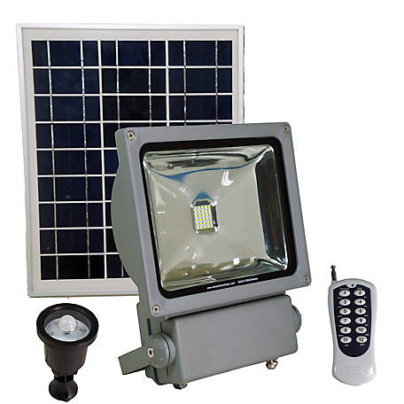 Solar Goes Green Commercial Grade Light with 100 W, SGG-FL3W-EXTREME