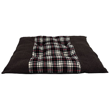 Retriever Cable Knit Tufted Pet Bed