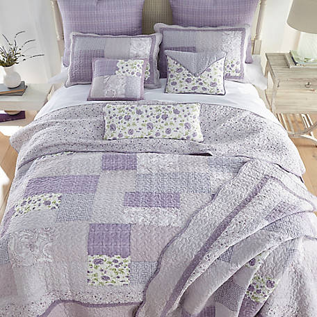 Donna Sharp Lavender Rose Queen Quilt, 82046