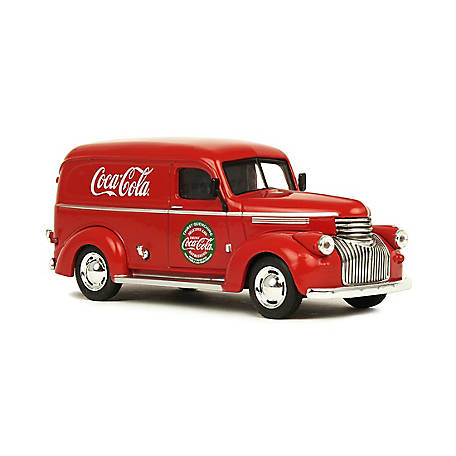 Coca-Cola 1/43 Scale 1945 Panel Delivery Diecast Van (Collectible Toy Vehicle), 443045