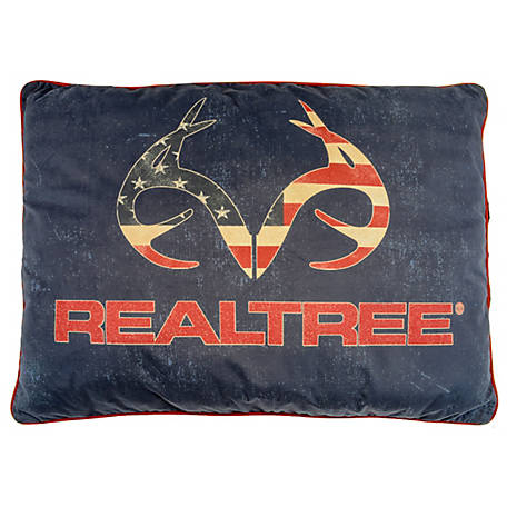 Realtree 30 in. x 40 in. Americana Pet Bed