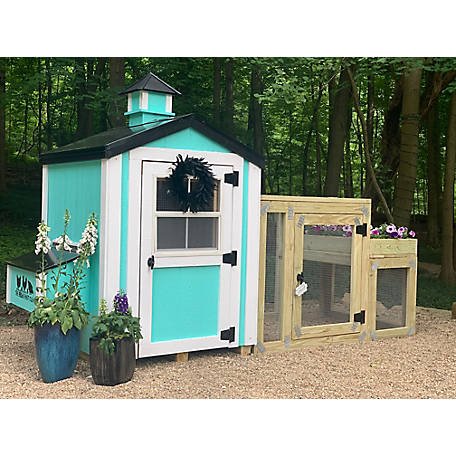 Cutest Coops Charming Coop with Black Metal Roof, Flowerbox Run & Cupola Included., CHARMDELUXEBLK