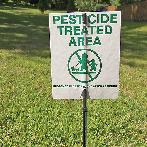 Keep your pets safe from pesticides | Tractor Supply Co