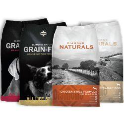 Shop 28-40 lb. Diamond Naturals Dog Food at Tractor Supply Co.