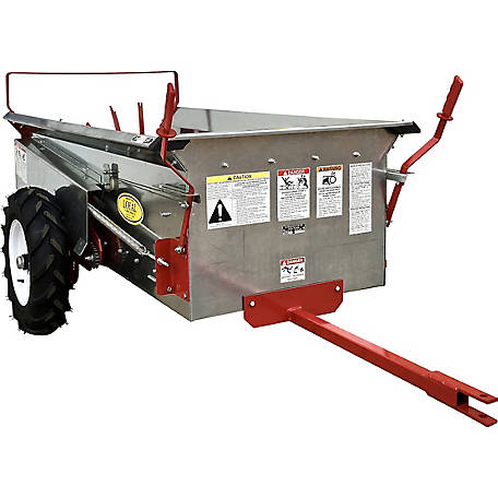 Loyal Manure Spreader, 23 Bushel