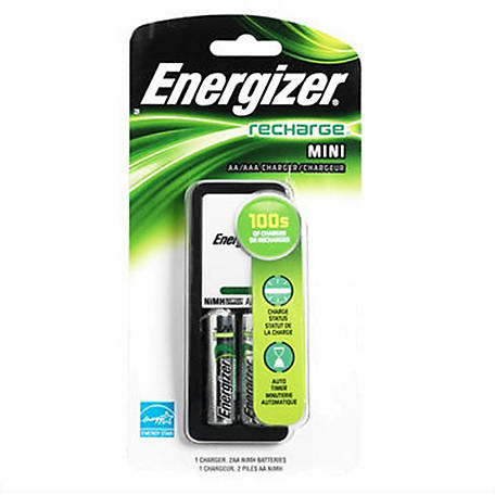 Energizer Basic Charger With 2 AA 1300 Batteries